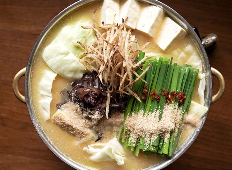 もつ鍋(胡麻味噌味)